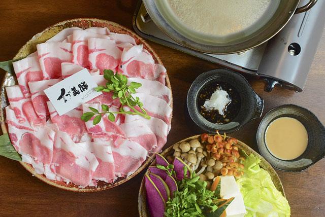 イブ美豚を使った~イブぼたん鍋~宴会コース